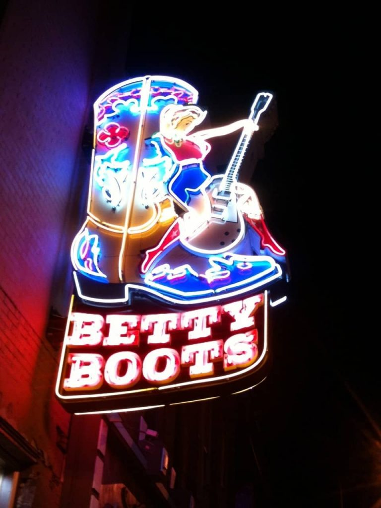 Betty Boots - Nashvile TN Neon Sign