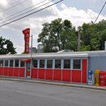 Downtown Harrisonburg VA – Diner, Vintage Signs and More!