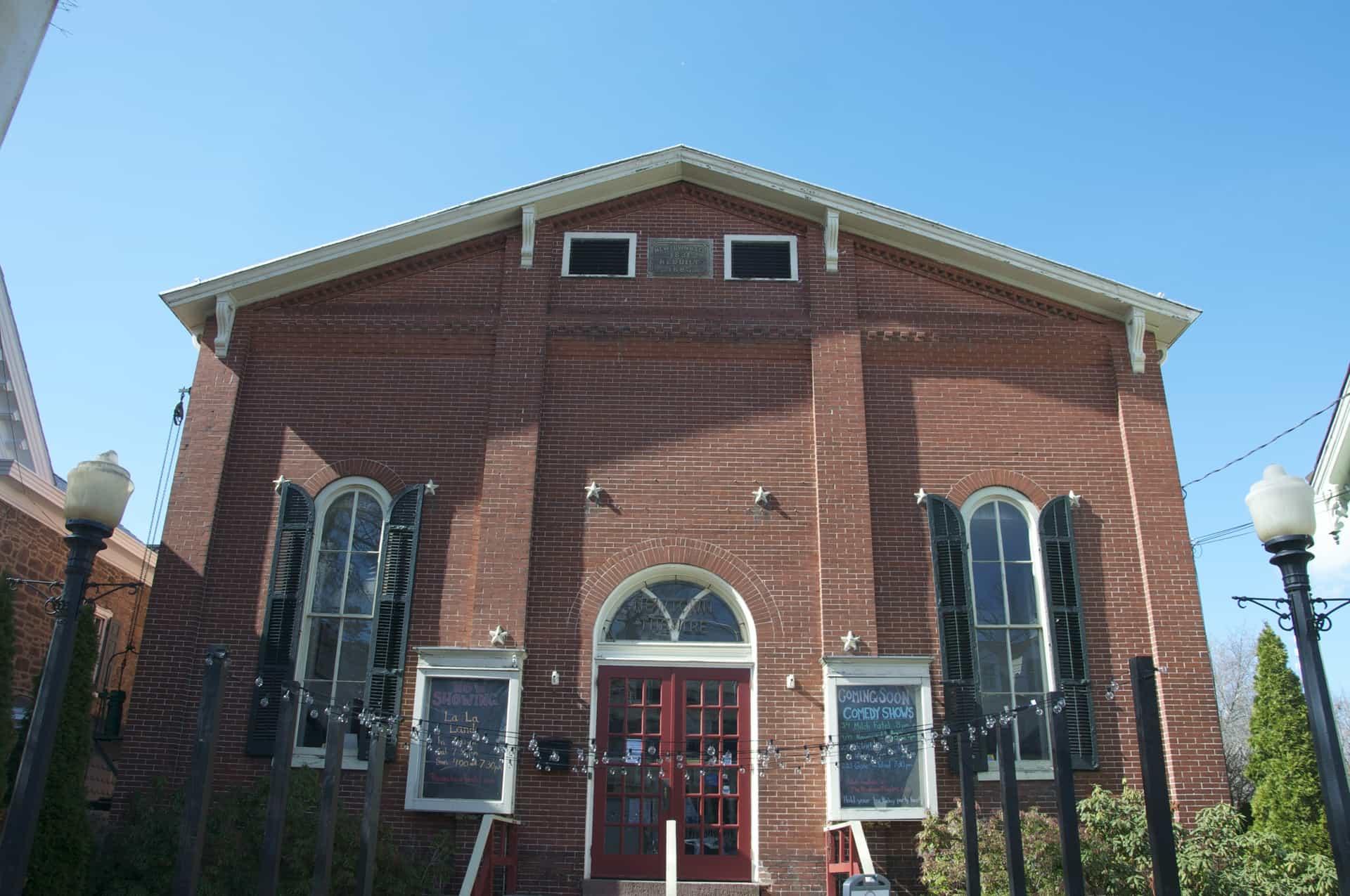 Newtown Theatre - Newtown, PA Pennsylvania - Retro Roadmap