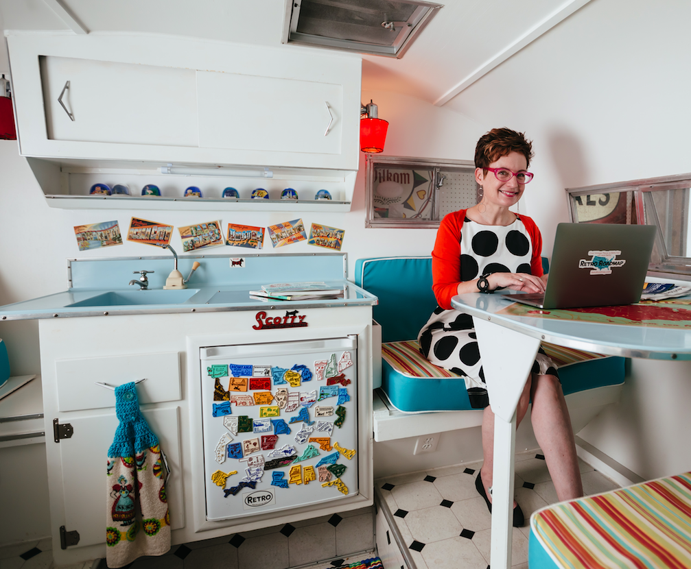 Mod Betty Writing Camper